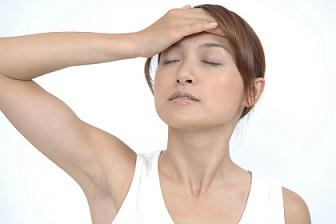 HP素材 頭痛.jpg